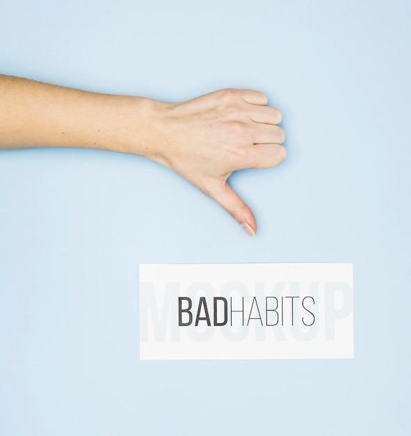 Duim omlaag voor slechte gewoonte Gratis Psd