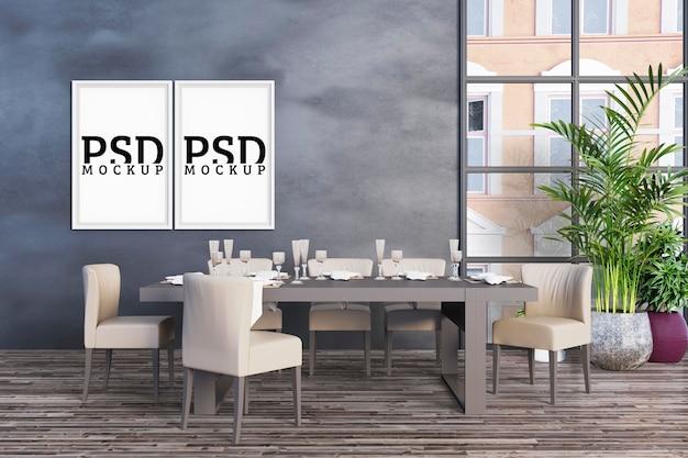 Eetkamer met grote ramen en fotolijsten Premium Psd