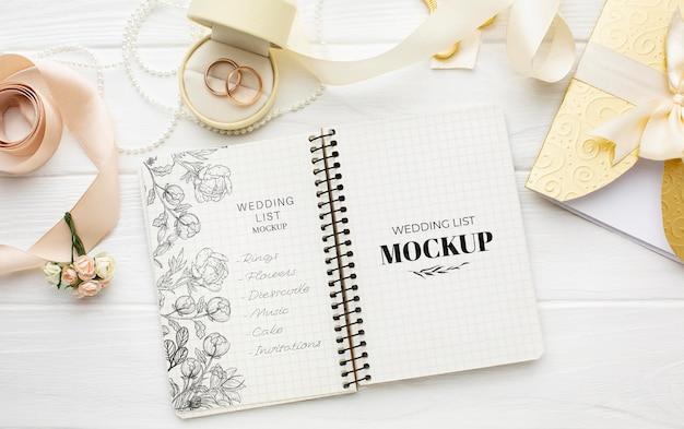 Endecha plana de la hermosa maqueta del concepto de boda PSD gratuito