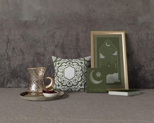 Feestelijke ramadan samenstelling mock-up Gratis Psd
