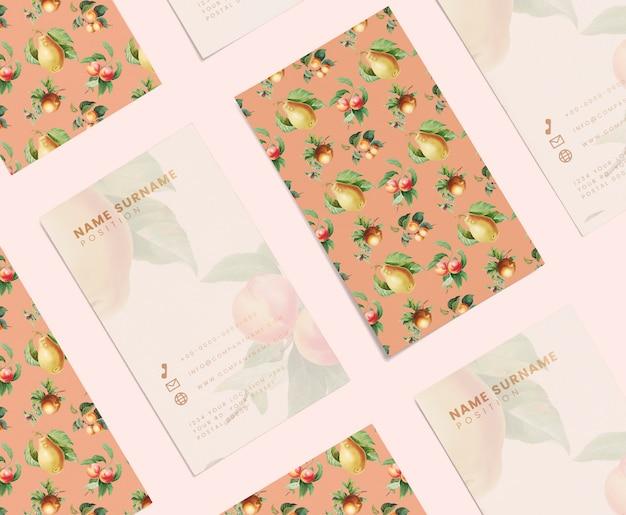 Floral naamkaart ontwerp Gratis Psd
