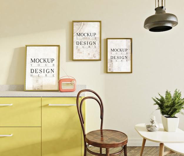 Foto di mockup in cucina moderna con set da pranzo e sedia laterale Psd Premium