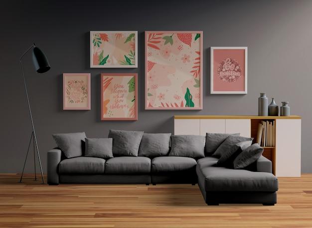 Frames mock-up opknoping aan de muur in de woonkamer Gratis Psd