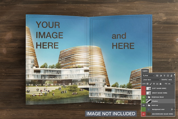 Geopende bi-fold flyer brochure cover mockup Gratis Psd