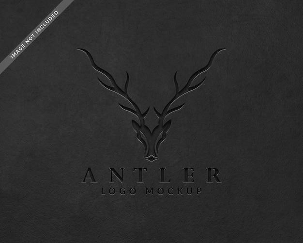 Geslagen zwart logo mockup Premium Psd