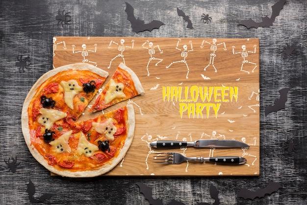 Giorno di halloween con specifico concetto di pizza Psd Gratuite