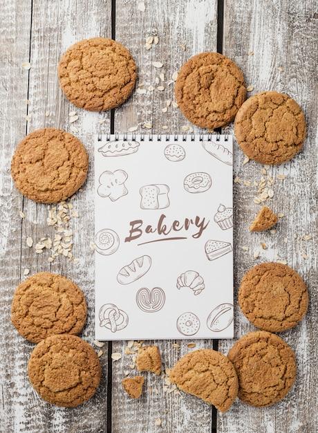 Gustosi biscotti sul tavolo Psd Gratuite