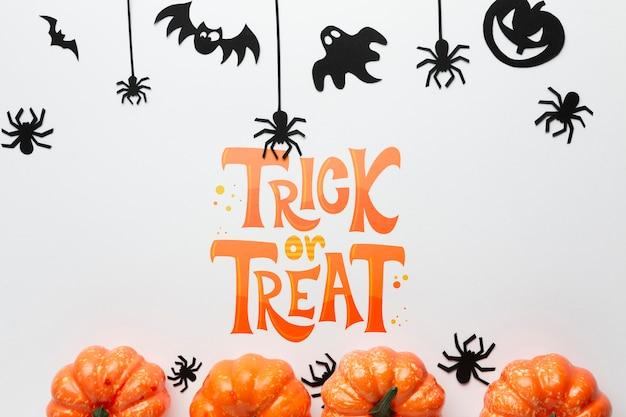 Halloween-dag met specifieke decoraties Gratis Psd