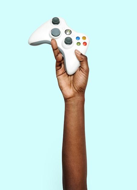 Hand met gamepad Premium Psd