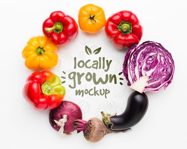 Heerlijke mock-up van lokaal geteelde groenten Premium Psd