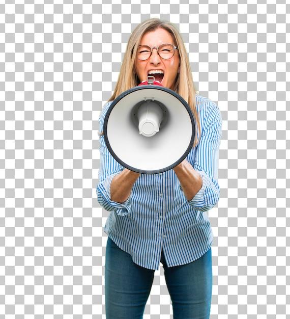 Hogere mooie vrouw met een megafoon Premium Psd