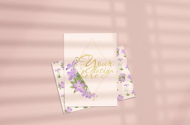 Hoja de papel vertical blanco en blanco pulgadas con superposición de sombra. PSD Premium