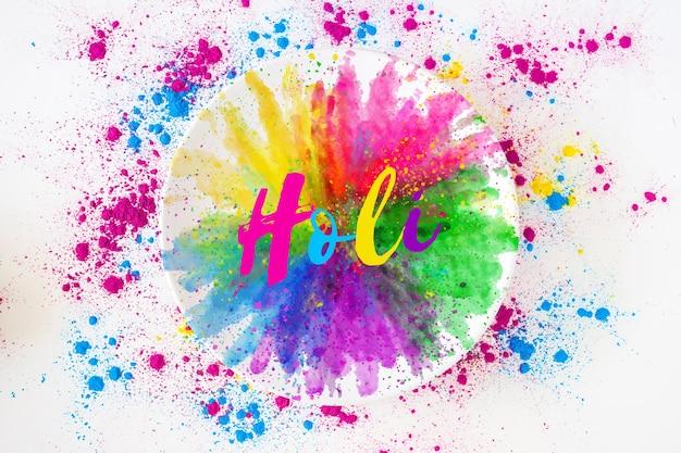 Holi-festivalmodel met ronde plaat Gratis Psd
