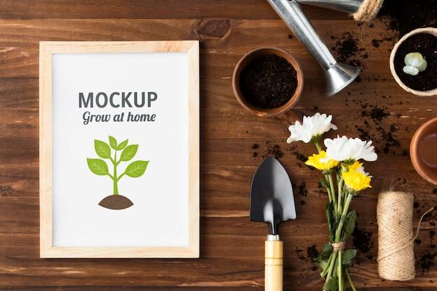 Huis tuinieren samenstelling met frame mock-up Gratis Psd