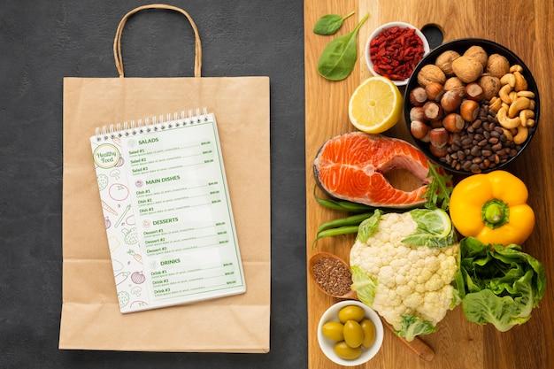 Ingredientes para una dieta saludable PSD gratuito