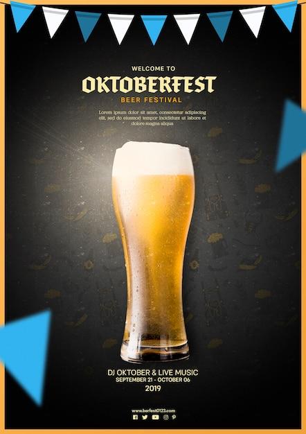 Jarra de cerveza sabrosa oktoberfest PSD gratuito