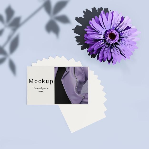 Kaart met bloem en schaduw Gratis Psd
