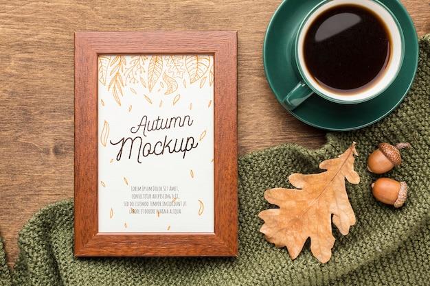Kopje koffie met frame ernaast Premium Psd