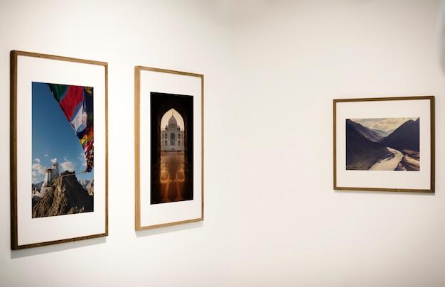Kunstgalerie met een tentoonstelling Gratis Psd