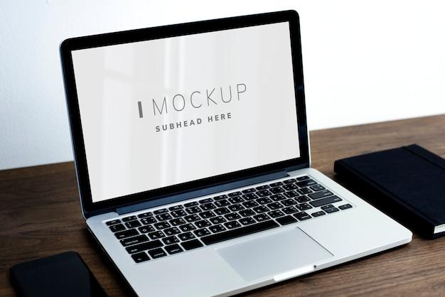 Laptop digitale apparaat scherm mockup Gratis Psd
