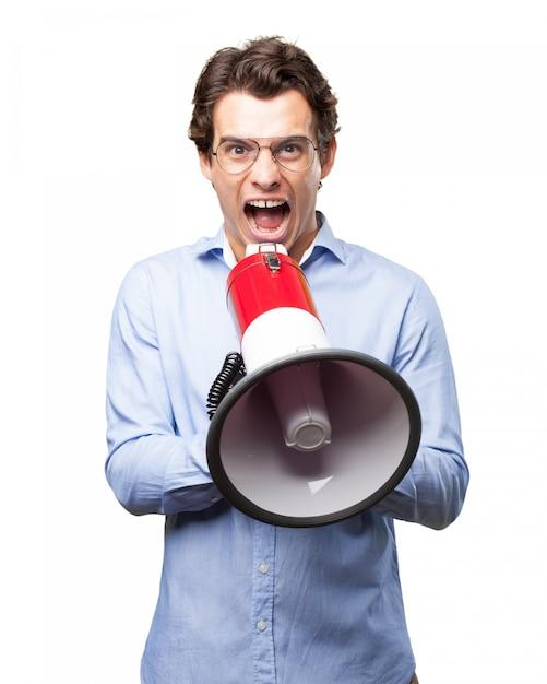 Lavoratore utilizzando un megafono per dare ordini Psd Gratuite