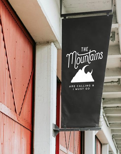 Le montagne stanno chiamando e io devo andare a poster mockup Psd Gratuite