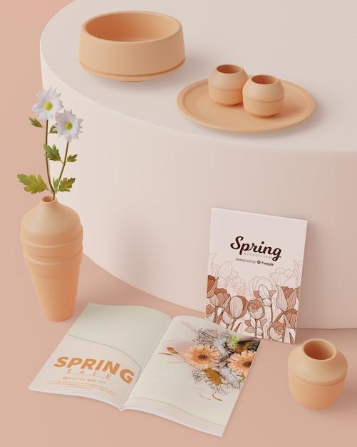 Lente decoraties met kaart op tafel met mock-up Gratis Psd