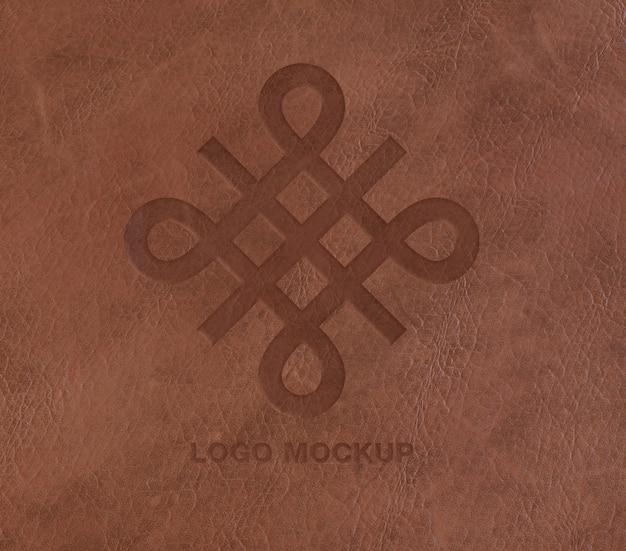 Logo op lederen mockup Gratis Psd