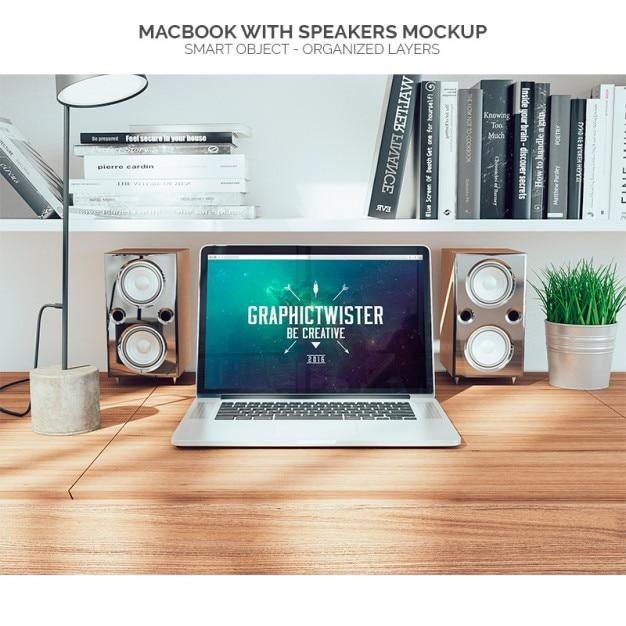 Macbook con altoparlanti mock up Psd Gratuite