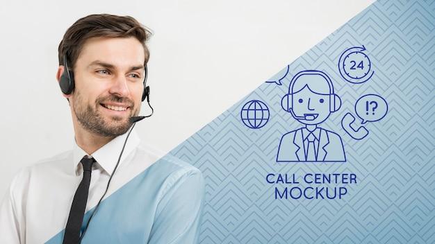 Man met koptelefoon call center assistent Gratis Psd