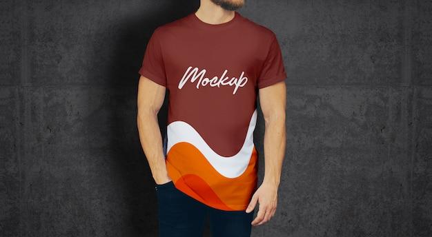 Man tshirt mockup Psd Premium