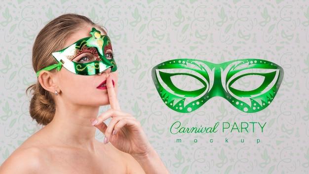 Maqueta de carnaval con imagen de mujer PSD gratuito