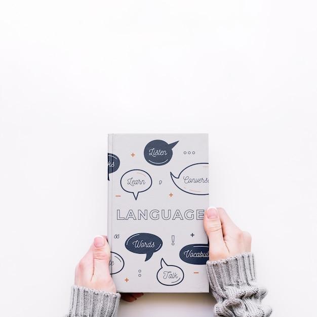 Maqueta de cover de libro PSD gratuito