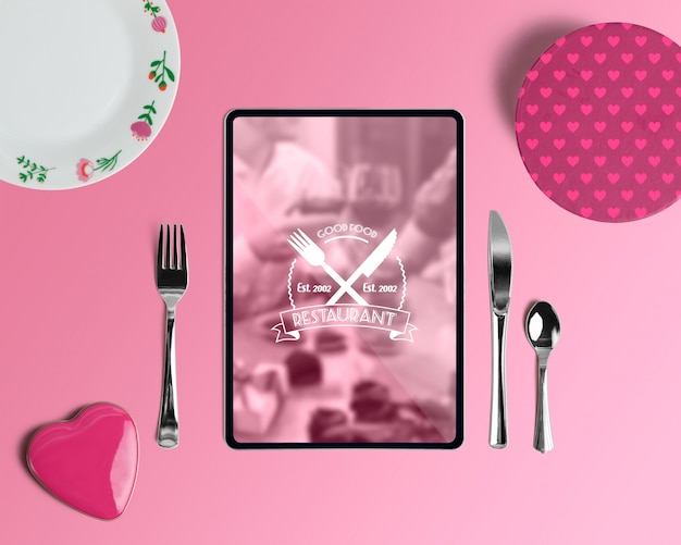 Maqueta editable scene creator con concepto de san valentin PSD gratuito