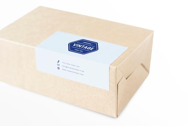 Maqueta de embalaje de caja de papel natural PSD gratuito