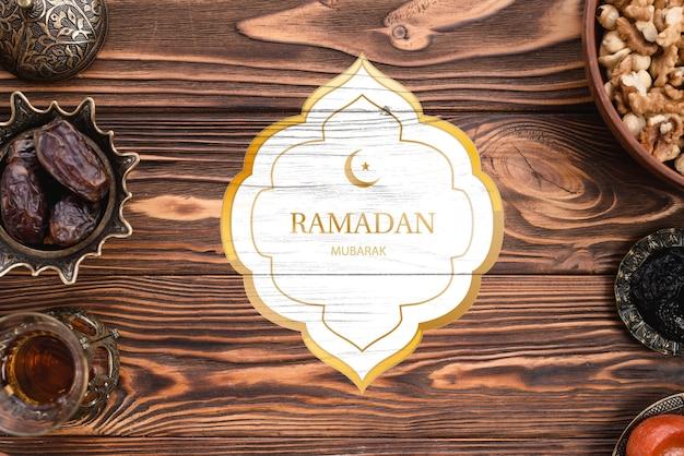 Maqueta de logotipo con concepto de ramadan PSD gratuito