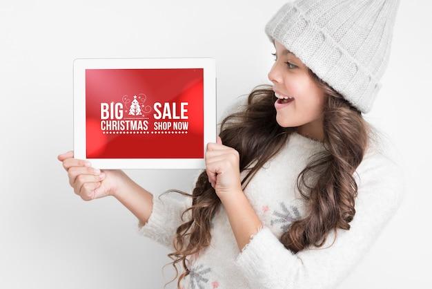 Maqueta de ofertas especiales de navidad PSD gratuito