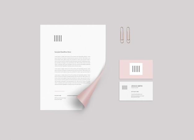 Maqueta de papeleria PSD Premium
