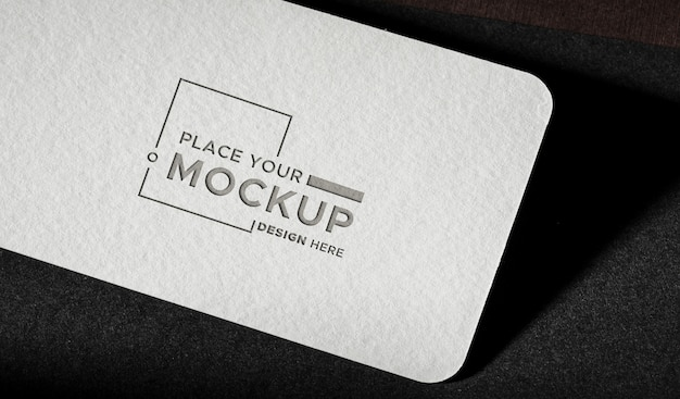 Maqueta de tarjeta de visita de primer plano blanco PSD gratuito