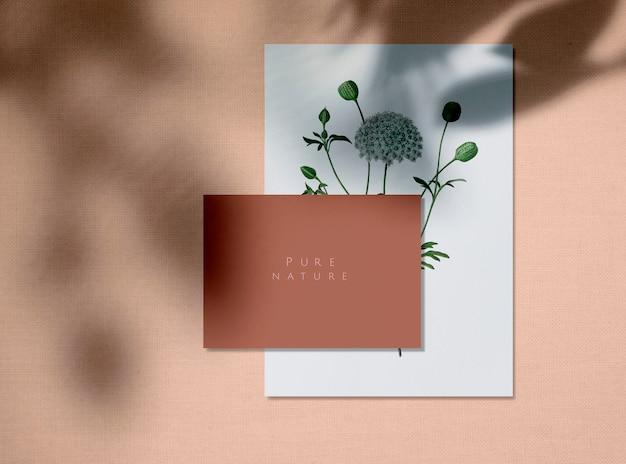 Maquetas de tarjetas de diseño de naturaleza pura. PSD gratuito
