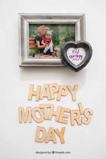 Marco de foto con corazón para el día de la madre | Descargar PSD gratis