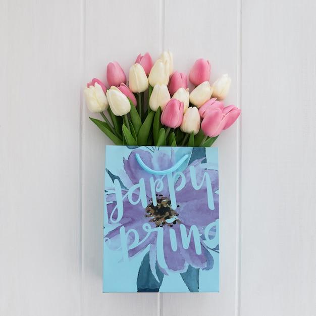 Messaggio carino sul concetto di primavera carta borsa Psd Gratuite