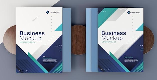 Mock-up arrangement voor zakelijke briefpapier omslagboeken Gratis Psd