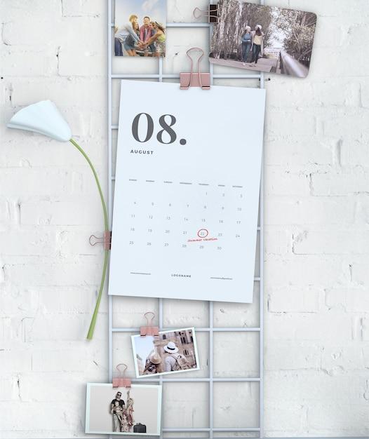 Mock-up calendario appeso display a parete Psd Gratuite