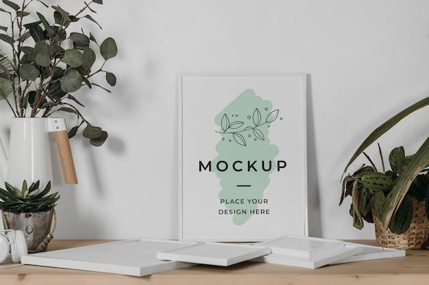 Mock-up frame op bureau Gratis Psd
