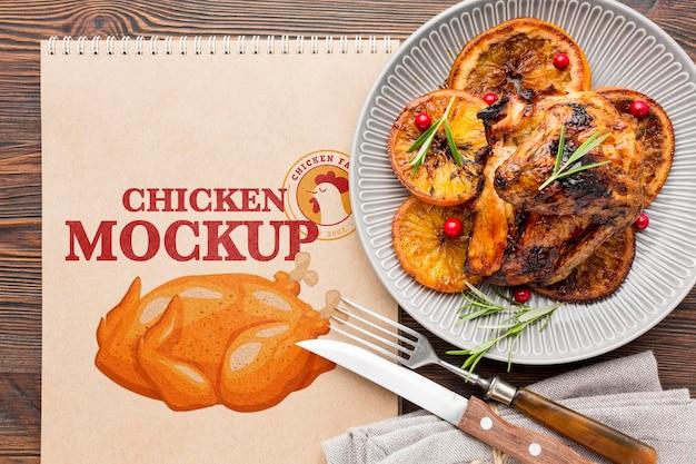 Mock-up van het assortiment van kippenmeel Gratis Psd