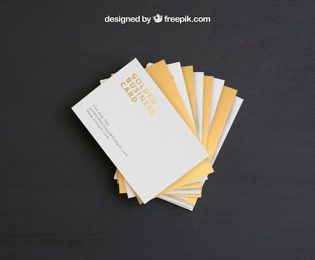 Mock up y plantilla de tarjetas de visita doradas | Descargar PSD gratis