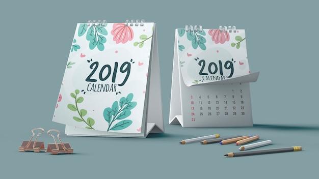 Mockup decorativo de calendario con lápices PSD Premium