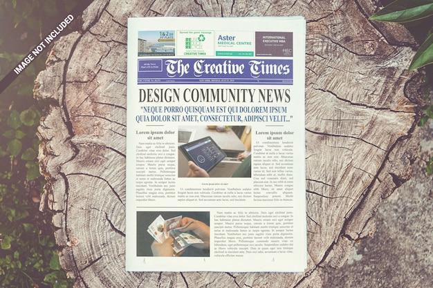 Mockup del giornale in prima pagina Psd Premium