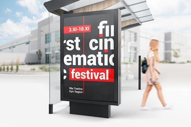 Mockup di cartelloni pubblicitari per fermata dell'autobus per pubblicità esterna Psd Premium